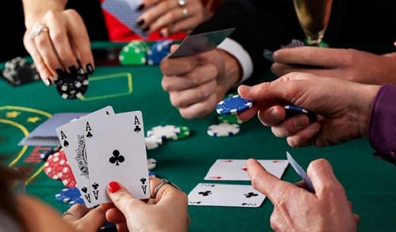 tai sao chon choi poker chuyen nghiep tai qh88 | qh88